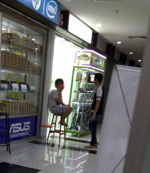 Toko Penjual Kamera
