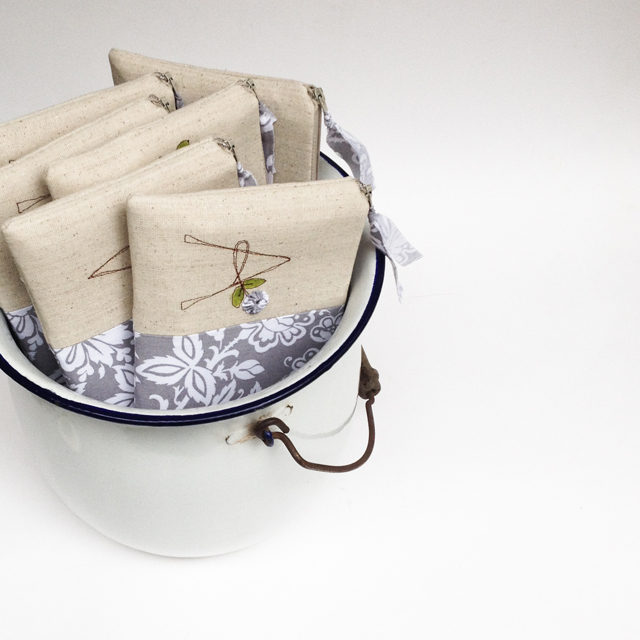 Bridesmaid Clutches Gift Set of 6 by Mama Bleu Designs