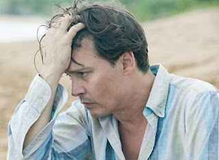 """Johnny Depp em cena de """"Diário de um Jornalista Bêbado"""""""