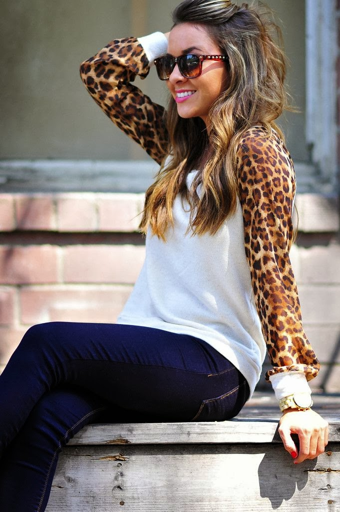Leopard sleeve shirt with blue denim pants