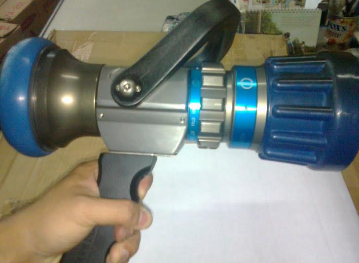 Pistol grip nozzles 1,5 inch blue