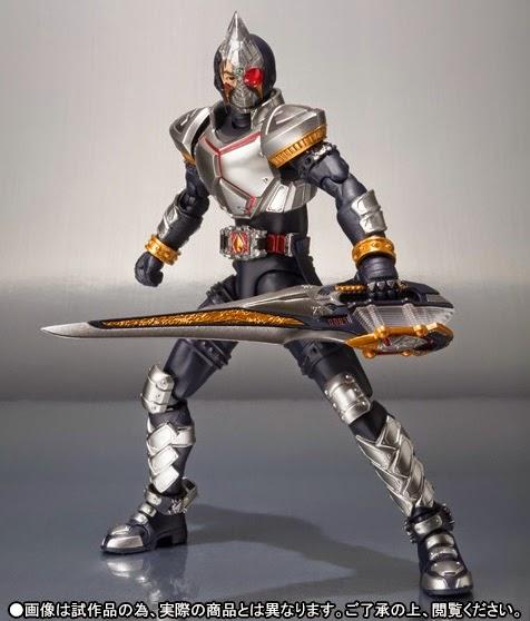 S.H. Figuarts Masked Rider Blade (Broken Head ver.) Offcial image 01