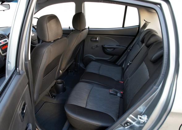 Carsautomotive: kia picanto 2010 interior