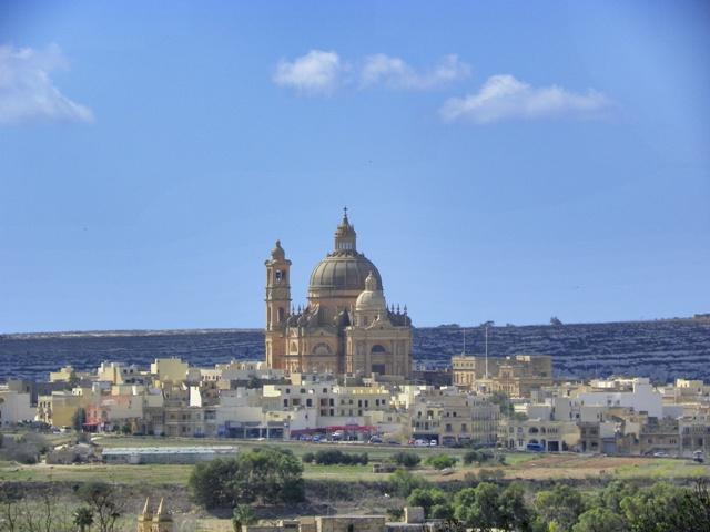 Vista de la Isla de Gozo desde el templo de Ggantija