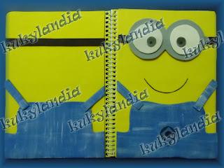 Foto cuaderno minion
