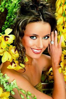 Russian Celebrity Oxana Fedorova Hot Photos