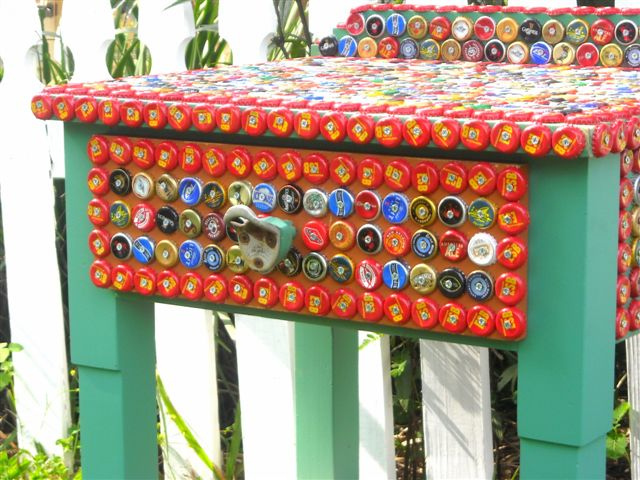 How to recycle art from bottle caps for How to make a table out of bottle caps