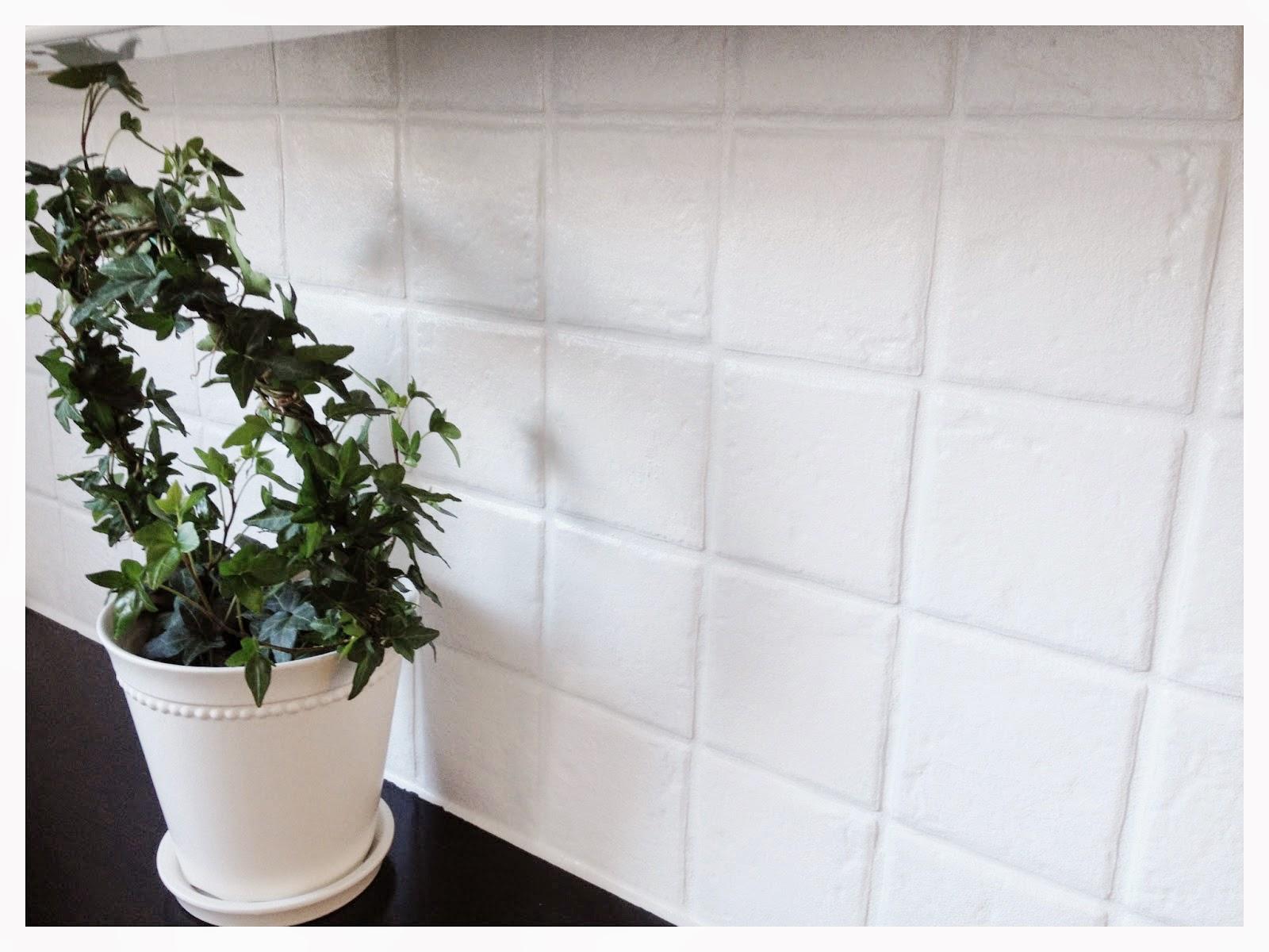 Kakel med blommor: dahlia blanco vit blomma av konradssons kakel ...