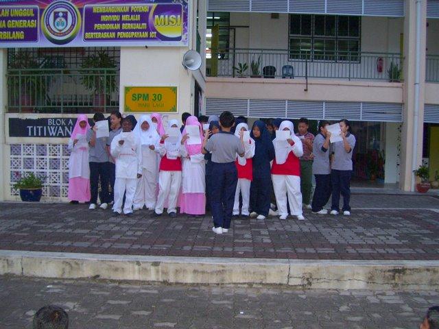 2011 goi peace foundation unesco international essay contest