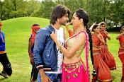 Mirchi Lanti Kurradu Movie photos Gallery-thumbnail-10
