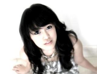 Vania Larissa