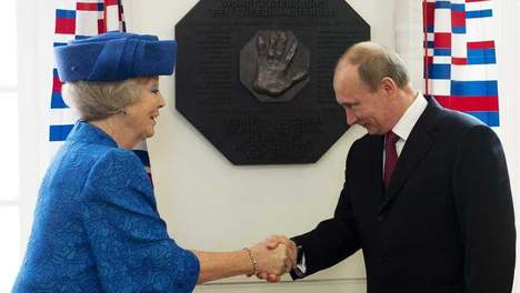 Putin and Beatrix