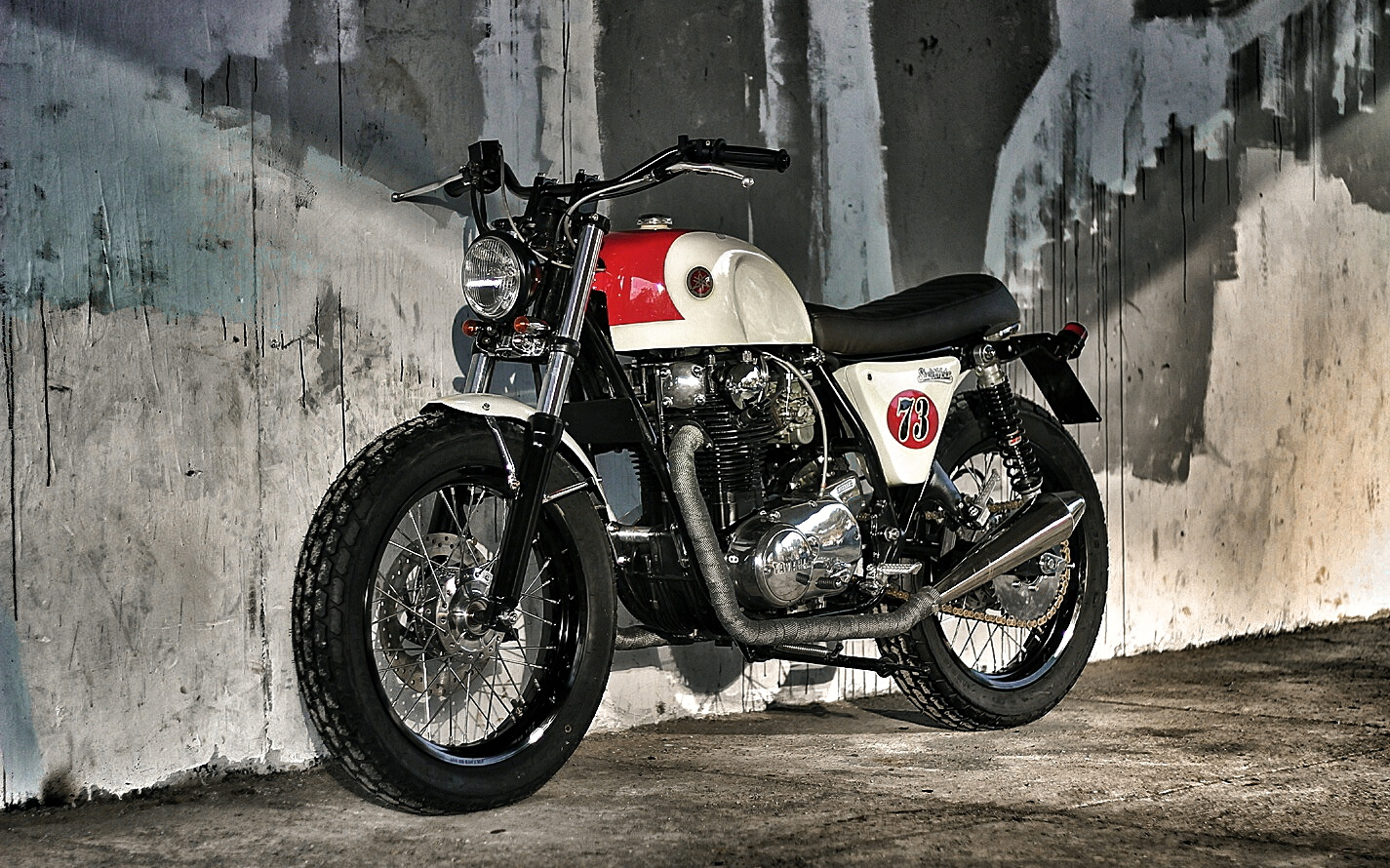 The Louder By Studio Motor Inazuma Caf 233 Racer