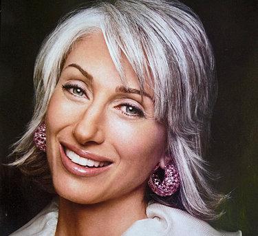 Top Celebrity Fashion: Graying Blond Hairs|Bun Prom ...