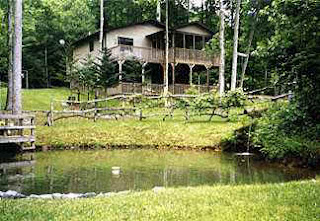 "Rent ""The Treehouse on Golden Pond"" and relax on the deck overlooking 2 ponds"