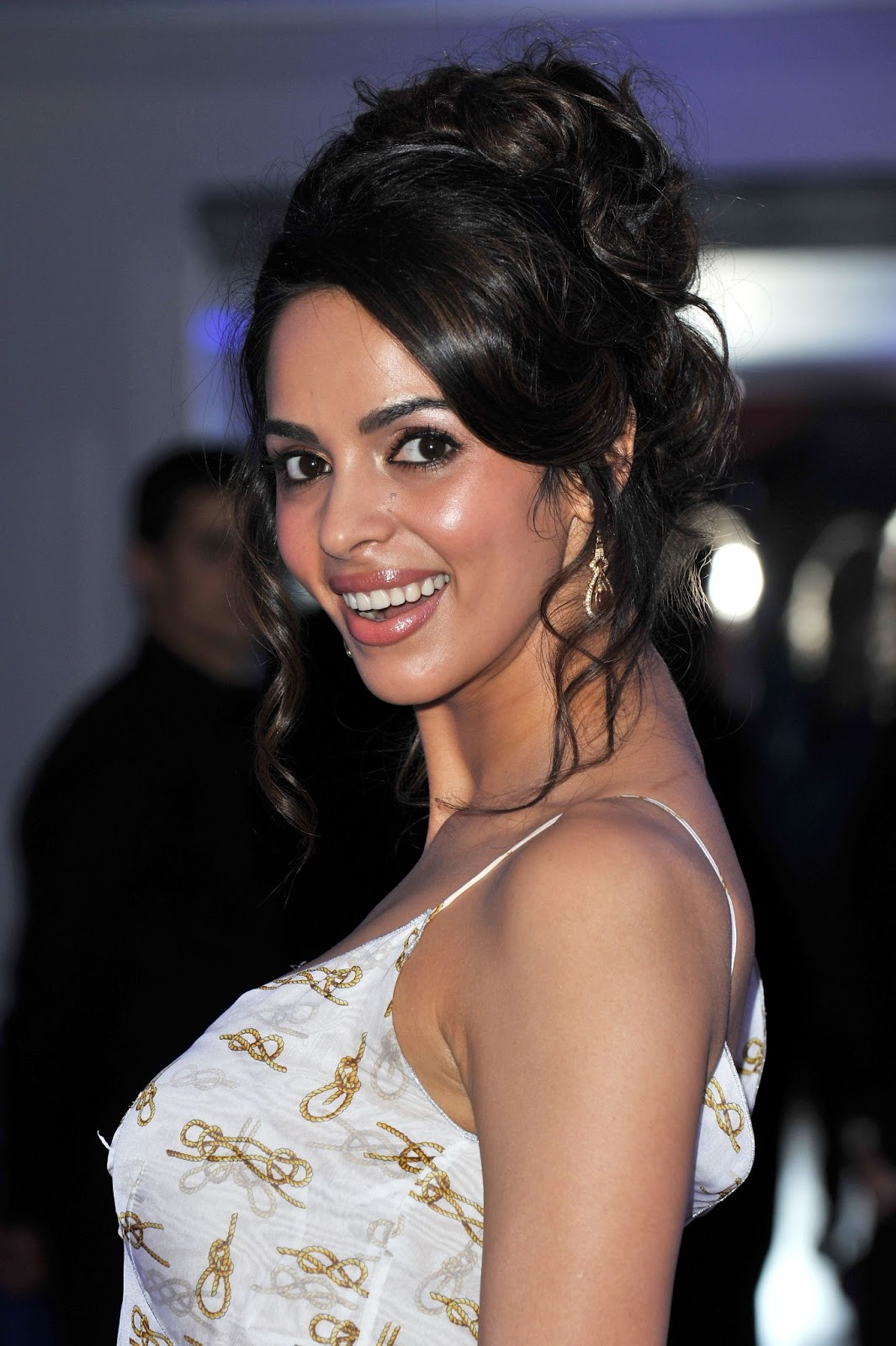 Allways. ...please mallika sherawat photo download video....sexy woman