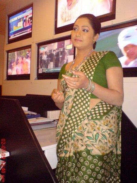 Swarnawahini Presenter Ishara Koralage picture