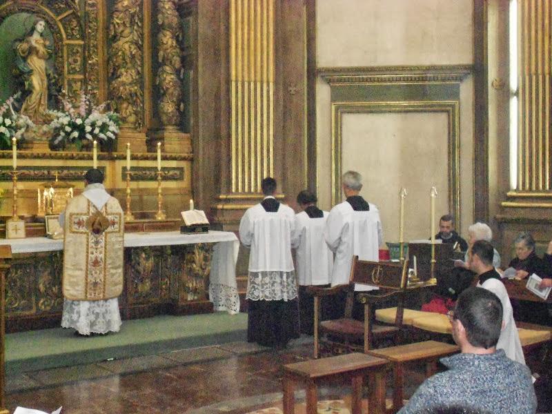 horarios de misa madrid: