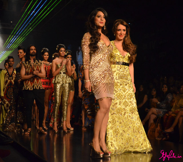 mahie gill and pria kataria puri lakme fashion week 2013