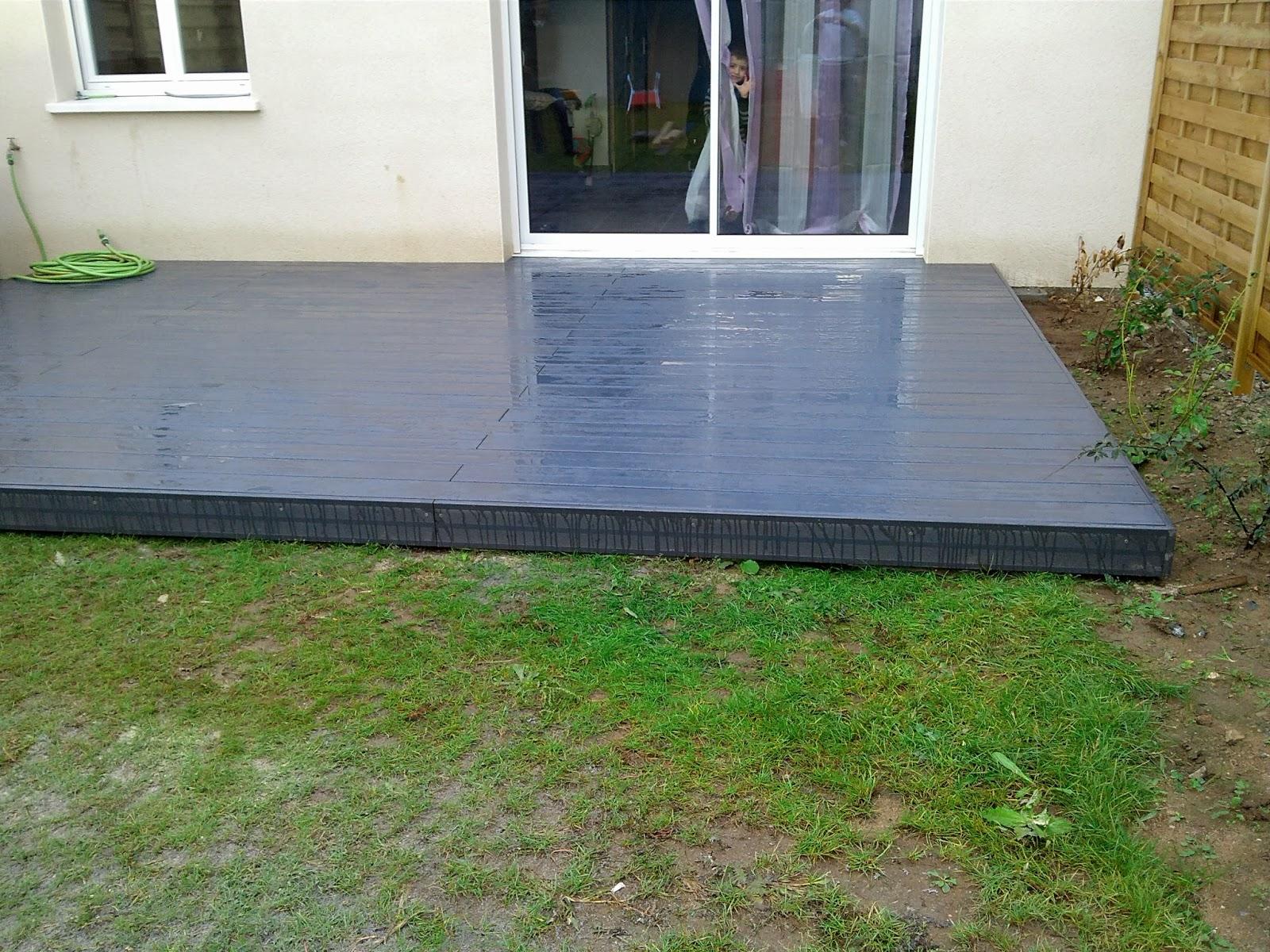 terrasse bois composite gris anthracite, photo vu sur  jrenovabita