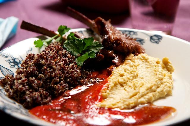 karetta, kvinoaa ja hummusta