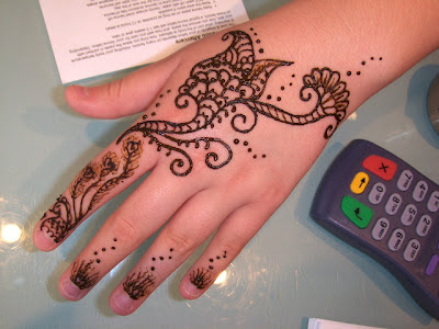 Henna Tattoo How Long Does It Last : Henna tattoos for your shoulder u get creative with inspiring designs