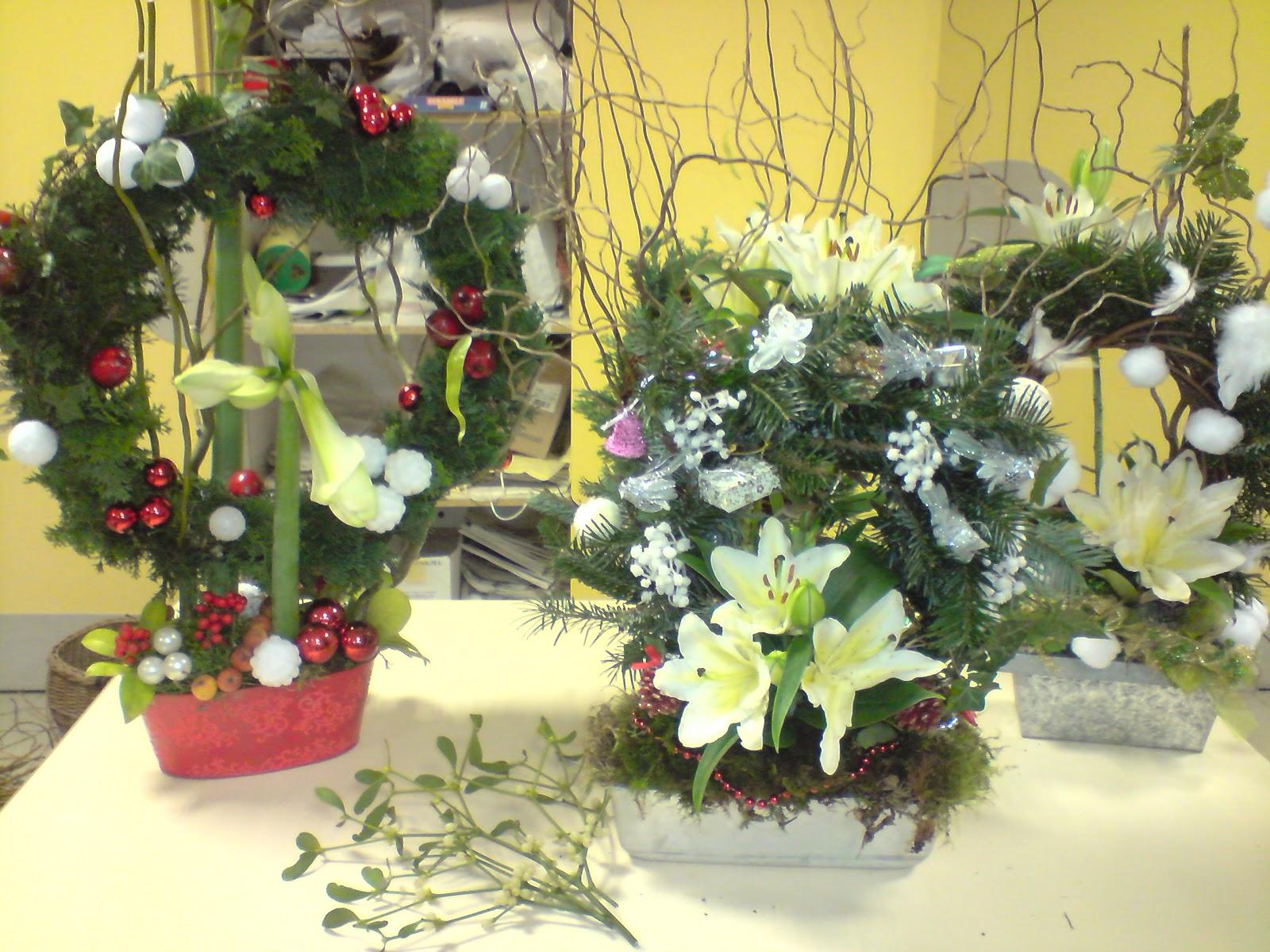 art floral breal bouquet de no l. Black Bedroom Furniture Sets. Home Design Ideas