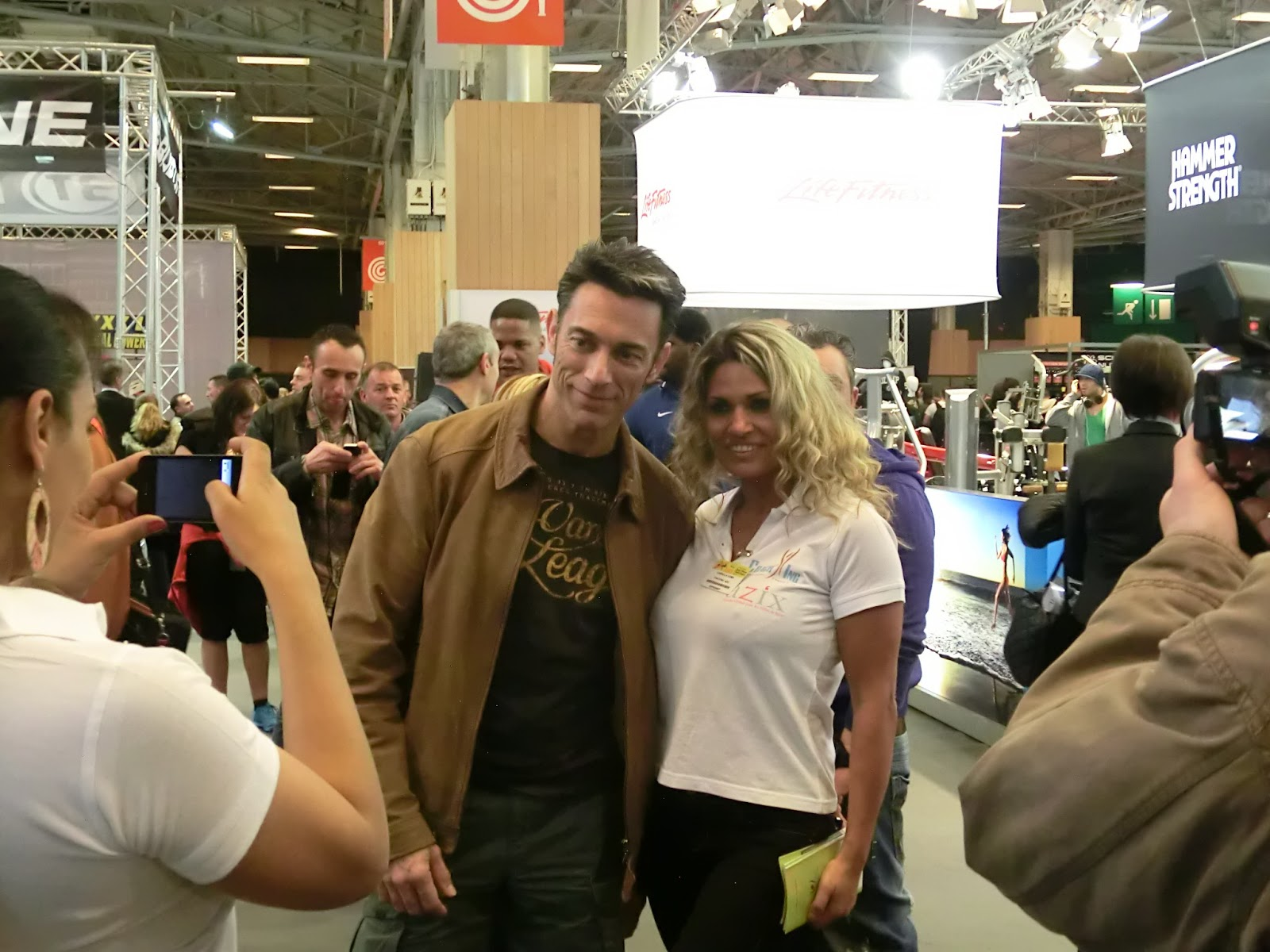 Gr gory capra les stars au salon du body fitness for Salon du fitness palexpo