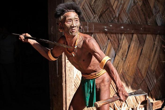 A Konyak warrior, Nagaland - Johan Gerrits photography