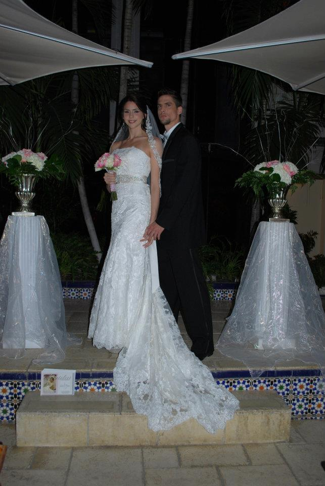 Bridal and formal by sira d pion wedding dress show sira for Miami wedding dresses stores