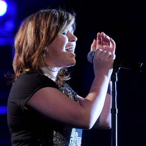 Kelly Clarkson - Tell Me A Lie Lyrics | Letras | Lirik | Tekst | Text | Testo | Paroles - Source: mp3junkyard.blogspot.com