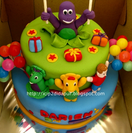 Barney Birthday Cake on Untuk Cake Nya Request Tier Cake Dengan Tema Barney Pop Up