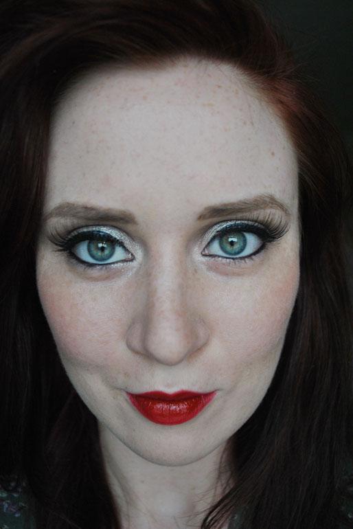 bridal makeup, red lips, wedding day makeup