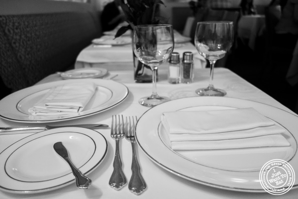 image of table at Le Périgord in New York, NY
