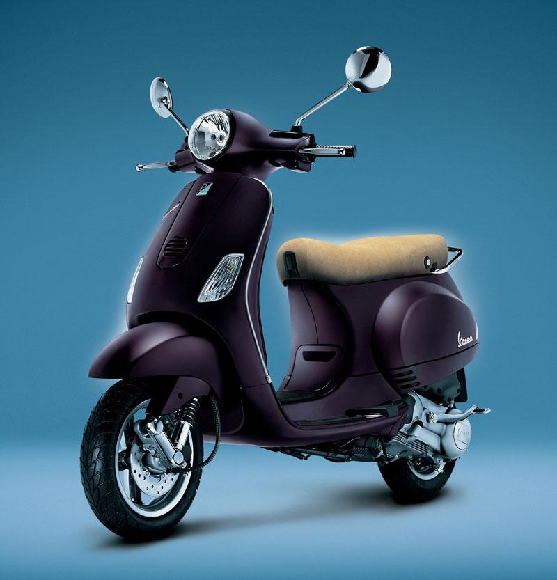 Vespa LX 125 Price, Specifications India
