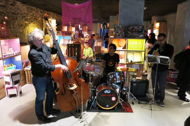 Hosten Bilbao, una tienda para familias enamoradas del diy17