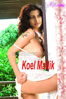 Mollik and naked sexy Koeil
