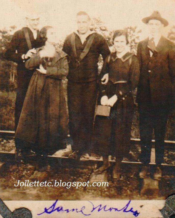 Friends of Helen Killeen Parker about 1919  http://jollettetc.blogspot.com
