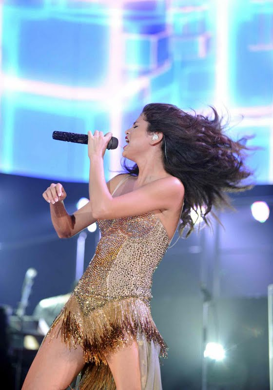 Selena Gomez Performs at Gexa Energy Pavillion in Dallas