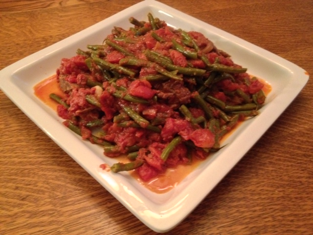 Food for the lebanese soul in all of us loobie green beans and loobie green beans and lamb in tomato sauce forumfinder Gallery
