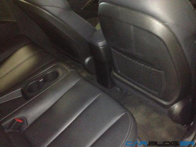 Hyundai Veloster 2013 - bancos traseiro