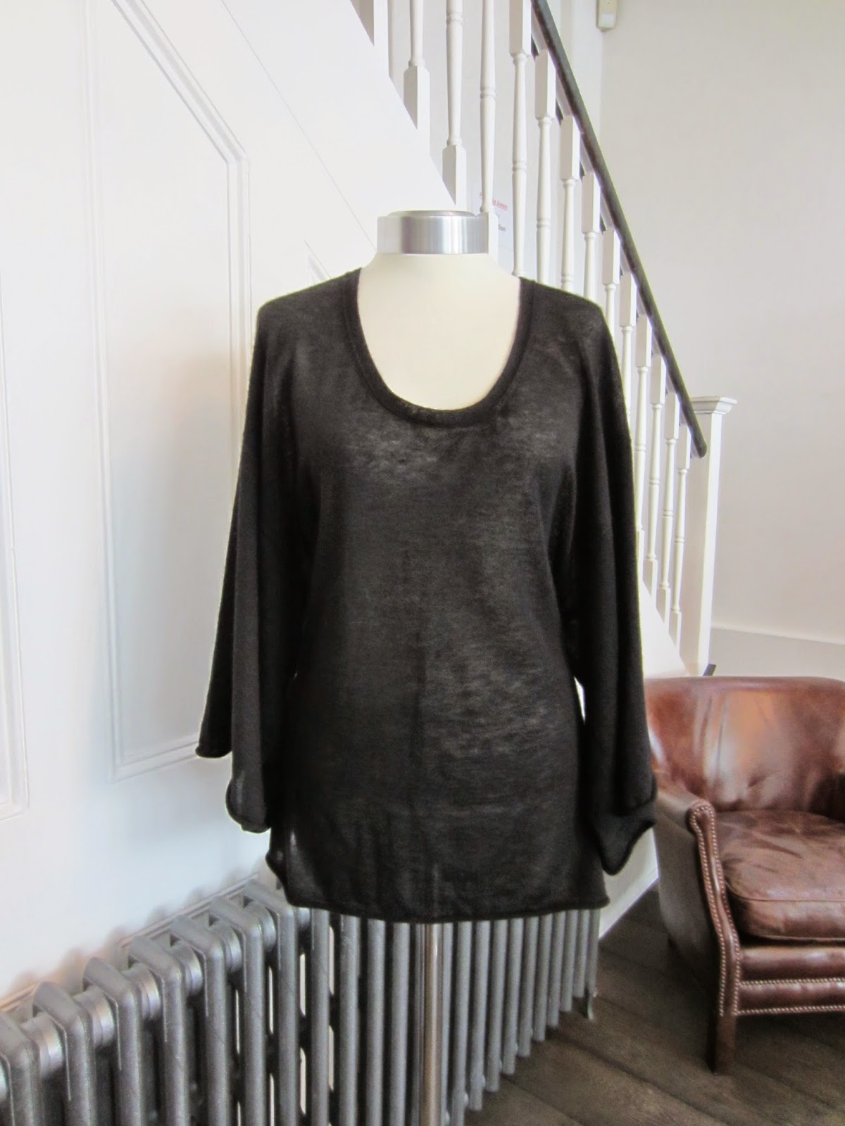 Joseph Black Fine Cashmere Knit
