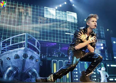 Justin Bieber Where is from & who's he About him Selena Gomez Baby Songs Lyrics Photos/Images
