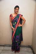 Shilpa chakravarthy sizzling pics-thumbnail-8
