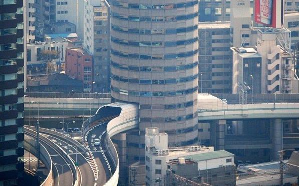 senibina terbaik jalan raya merentasi bangunan jepun
