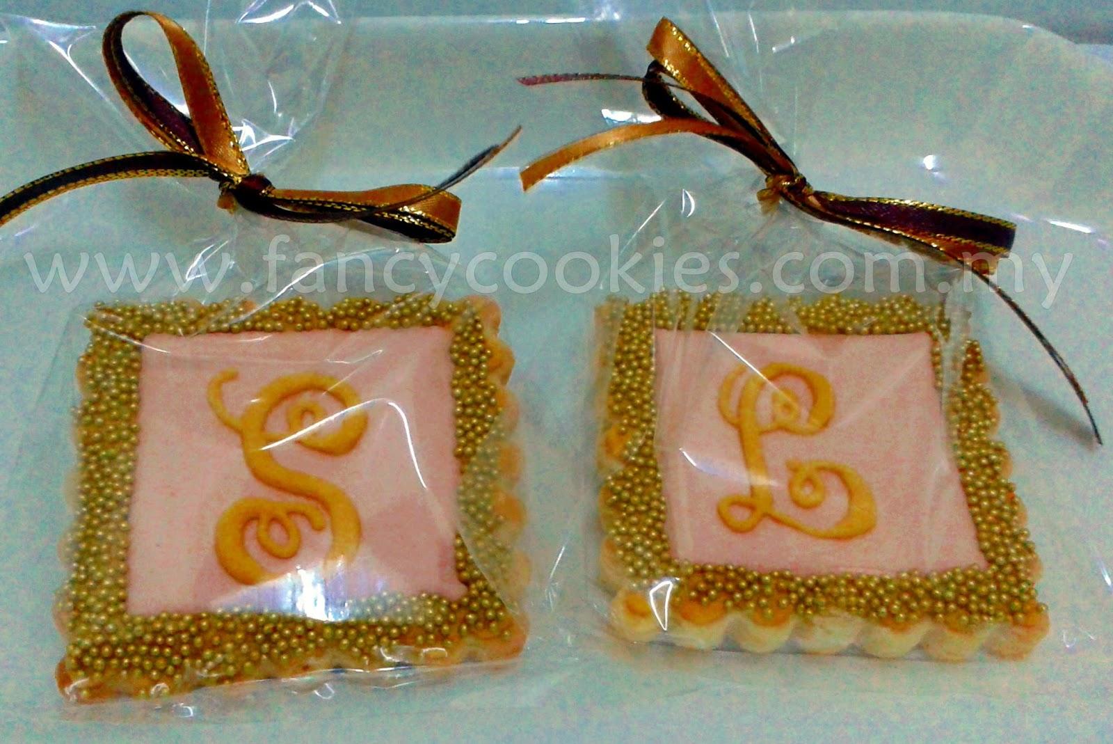 wedding monogram fancy cookies