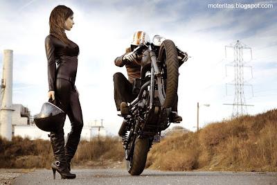 motos-mujeres-custom-babe-wallpaper-selena-gomez