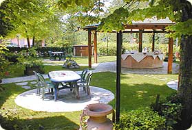 Decorar un jard n ideas para decorar dise ar y mejorar - Como disenar un jardin exterior ...