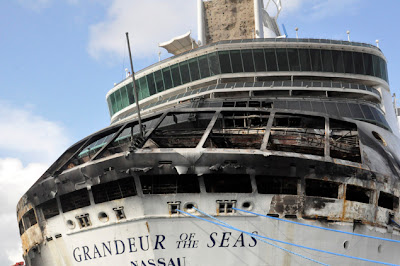 Royal Caribbean cruise on fire photo2