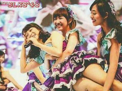 Kumpulan Foto Member JKT48 yang bikin kita salah Fokus Part II